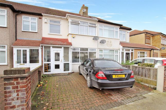 Thumbnail Terraced house to rent in Ellis Avenue, Rainham