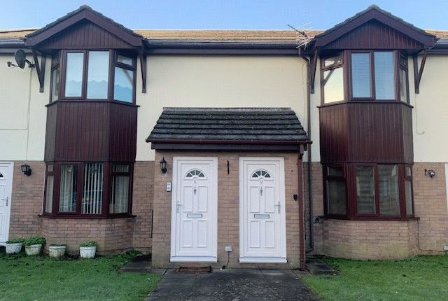 Thumbnail Flat to rent in Griffin Park Court, Glan Road, Porthcawl