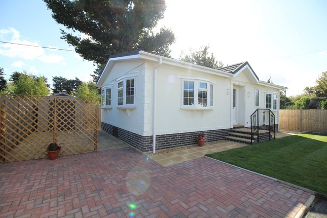 Thumbnail Mobile/park home for sale in Dorchester Road, Lytchett Minster, Poole