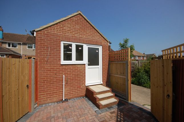 Thumbnail Bungalow to rent in Hillside Avenue, Canterbury
