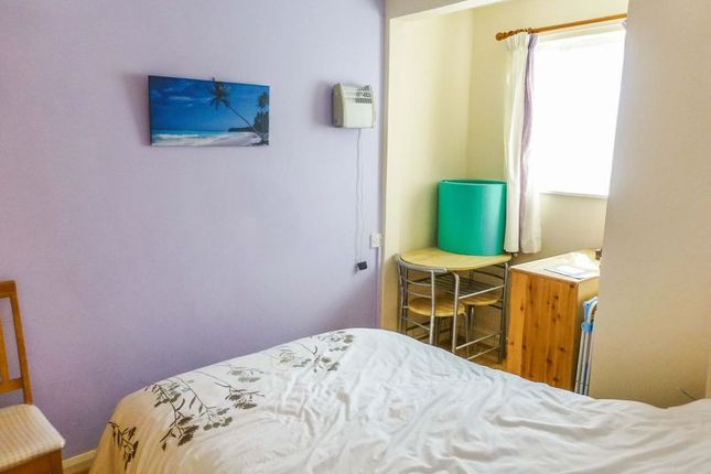 Bedroom 1 of Beach Road, Scratby, Great Yarmouth NR29