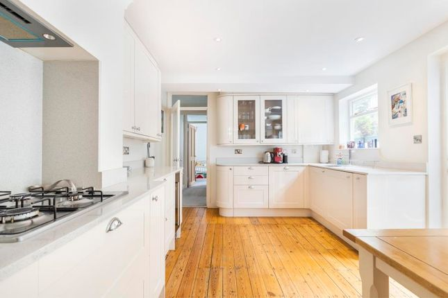 Thumbnail Flat for sale in Tennyson Street, London