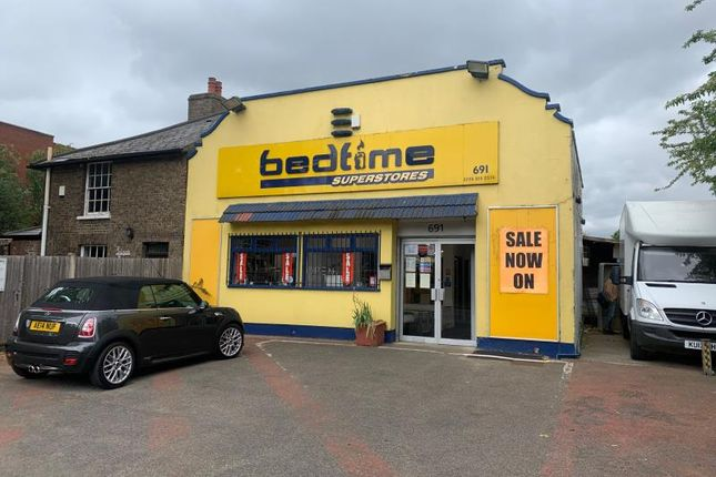 Thumbnail Retail premises for sale in 691, London Road, Isleworth