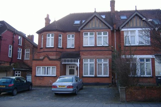 Studio to rent in Hindes Road, Harrow-On-The-Hill, Harrow