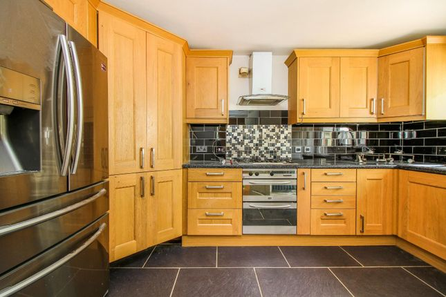 ,Kitchen 2 of Holyfields, West Allotment, Newcastle Upon Tyne NE27