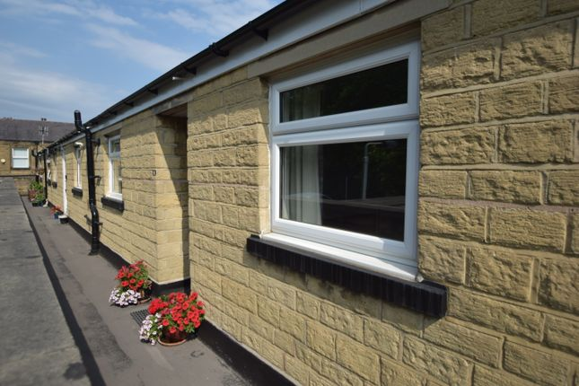 Thumbnail Flat for sale in Oastler Road, Saltaire, West Yorkshire