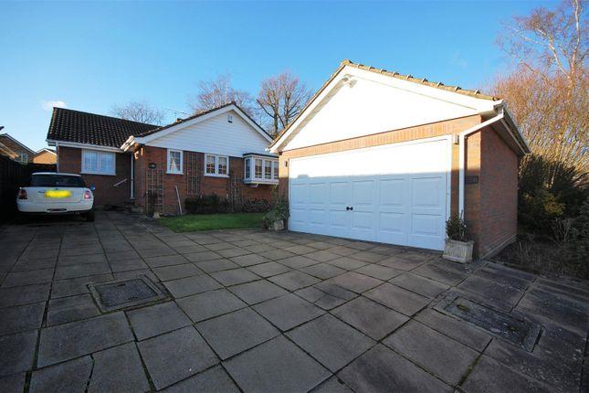 3 bed bungalow for sale in Doverfield, Goffs Oak, Waltham Cross EN7