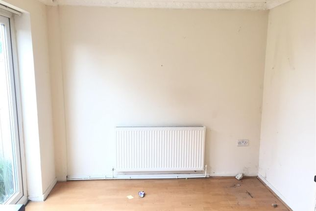 Dining Area of Marbury Road, Kirkby, Liverpool L32