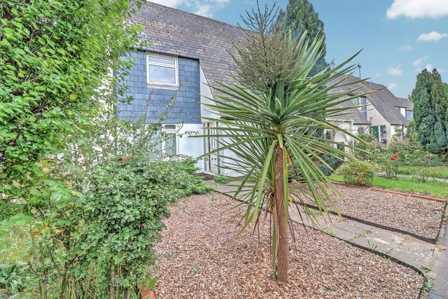 4 bed terraced house for sale in Croft Mead, Chichester PO19
