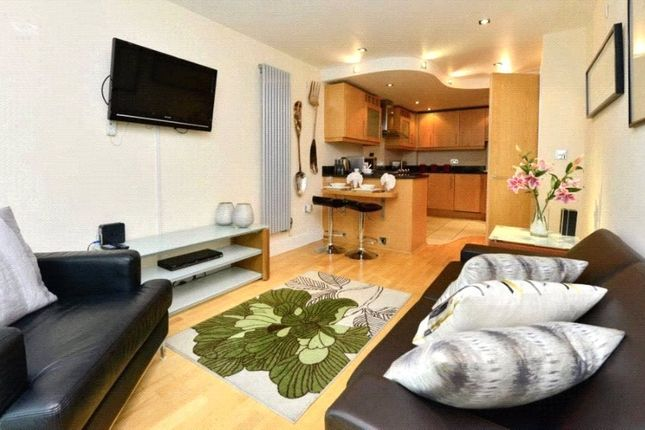 Thumbnail Studio to rent in Millharbour, Canary Wharf, London
