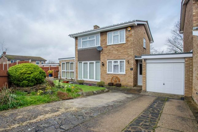 Thumbnail Detached house for sale in Hillside Close, Shillington, Hitchin