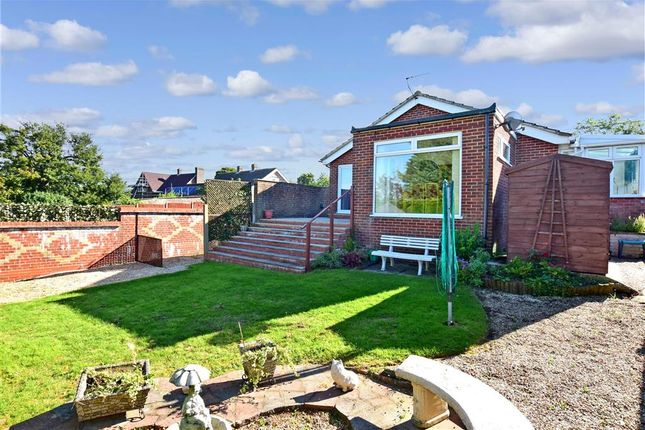 3 bed detached bungalow for sale in Sandwich Road, Eythorne, Dover, Kent CT15
