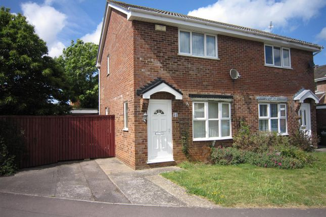 Thumbnail Semi-detached house to rent in Noble Avenue, Oldland Common, Bristol