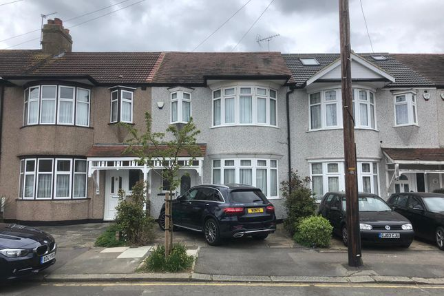 Thumbnail Terraced house to rent in Cypress Grove, Hainault