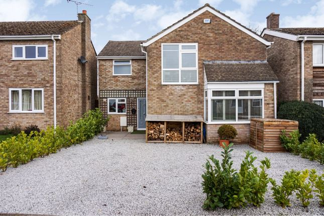 Thumbnail Detached house for sale in Early Road, Witney