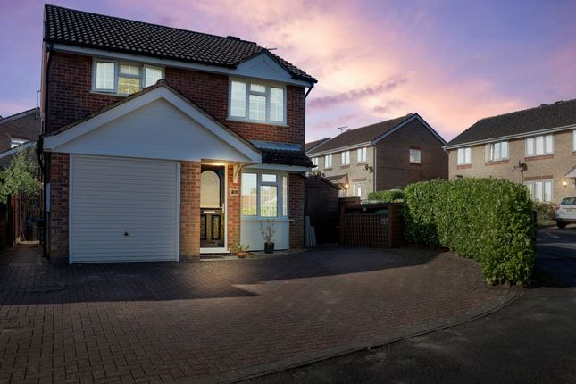 Thumbnail Detached house for sale in Kingfisher Close, Oakham