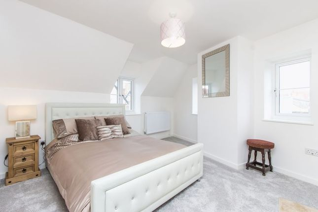 Thumbnail Property for sale in High Street, Portishead, Bristol
