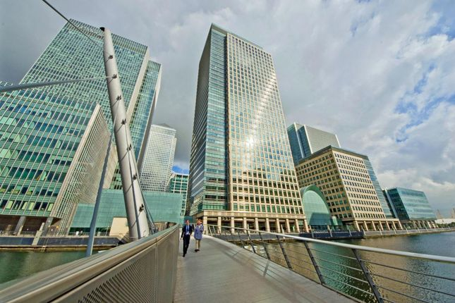 Office to let in Bank Street, London, Greater London