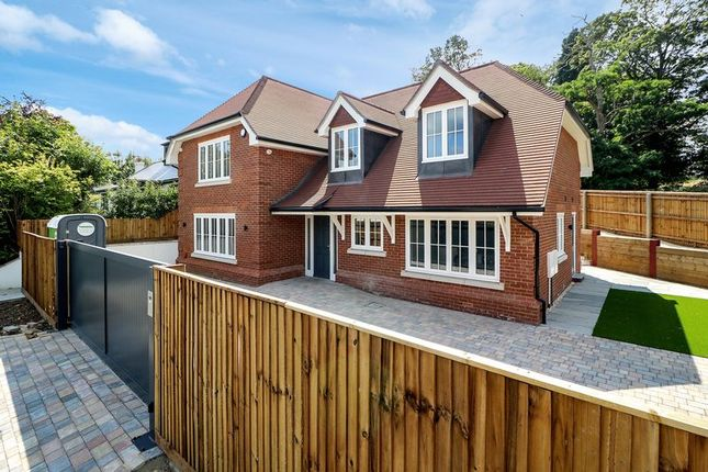 Thumbnail Detached house to rent in High Street, Sunningdale, Ascot