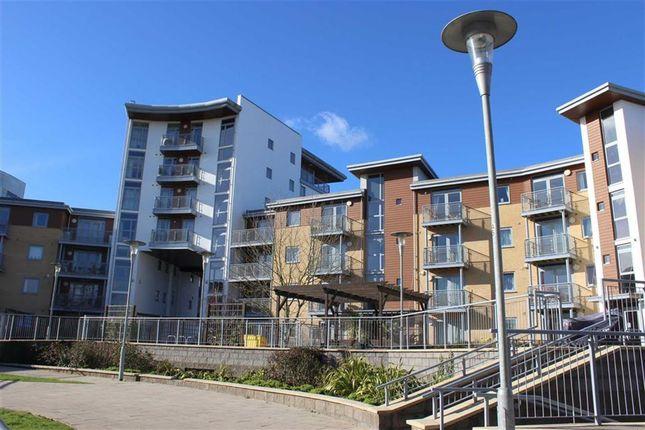 Thumbnail Flat to rent in Kelvin Gate, Bracknell, Berkshire