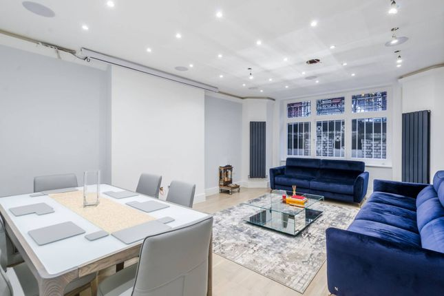 Thumbnail Flat to rent in Cabbell Street, Marylebone, London