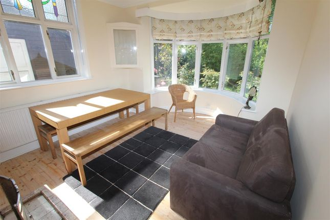 Thumbnail Property to rent in Gledhow Wood Road, Roundhay, Leeds