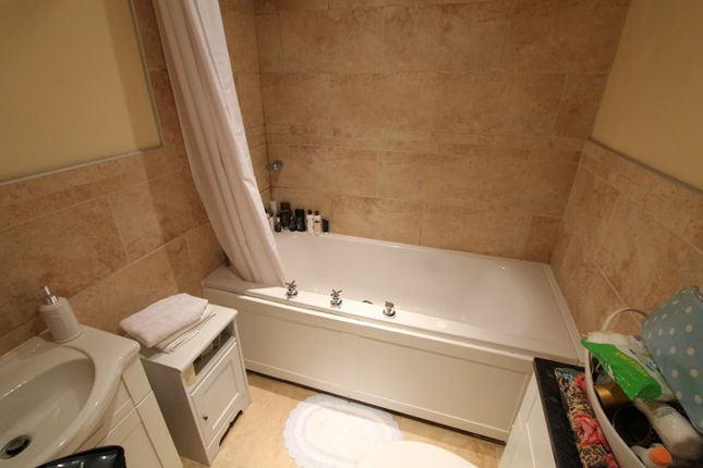 Bathroom of Sandecotes Road, Parkstone, Poole BH14