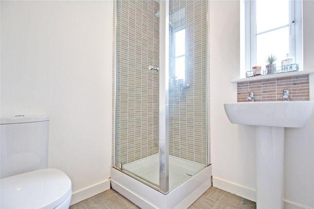 En-Suite of Hunton Road, Oulton, Lowestoft, Suffolk NR32