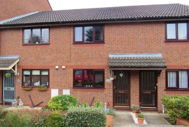 Thumbnail Terraced house to rent in Baroness Court, Grimsby