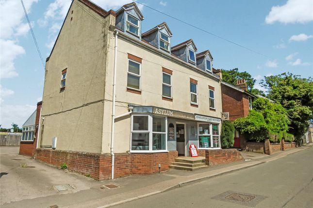2 bed maisonette for sale in High Street, Fenstanton, Huntingdon, Cambridgeshire PE28