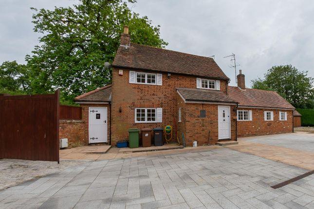 Thumbnail Cottage to rent in 3 Bedroom Chestnut Cottage, Bentley Heath, Barnet