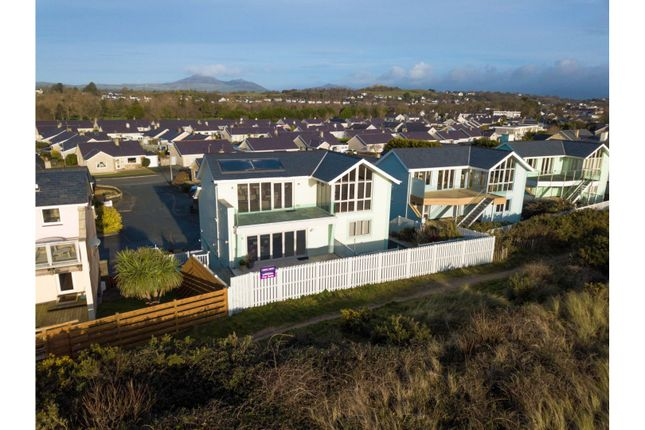 Thumbnail Detached house for sale in Innes Estate, Pwllheli