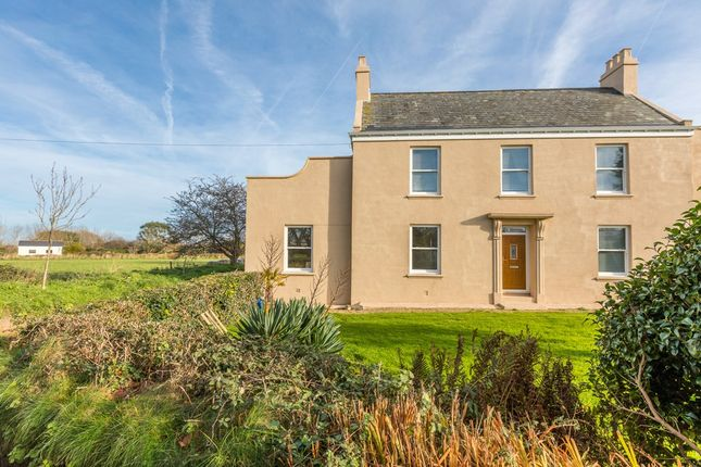 Thumbnail Flat to rent in La Rue Des Fosses, Forest, Guernsey