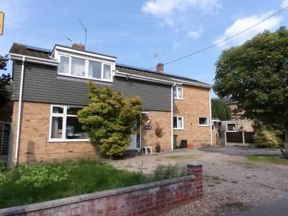 Thumbnail Detached house for sale in Bellevue Road, Billericay