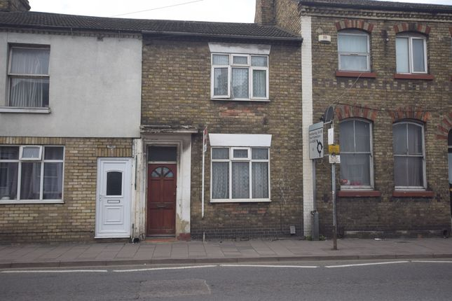 Thumbnail Terraced house for sale in Prebend Street, Bedford