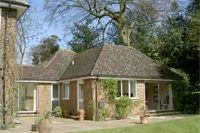 Thumbnail Flat to rent in Heathway, Camberley, Surrey