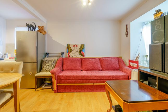 Living Room (3) of Shirley Crescent, Beckenham BR3