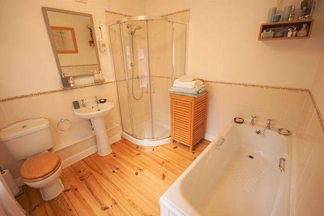 Bathroom of Laburnum Grove, Woodbridge Road, Moseley, Birmingham B13
