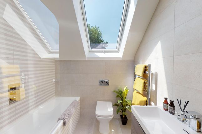 Bathroom of Leslie Road, Parkstone, Poole BH14