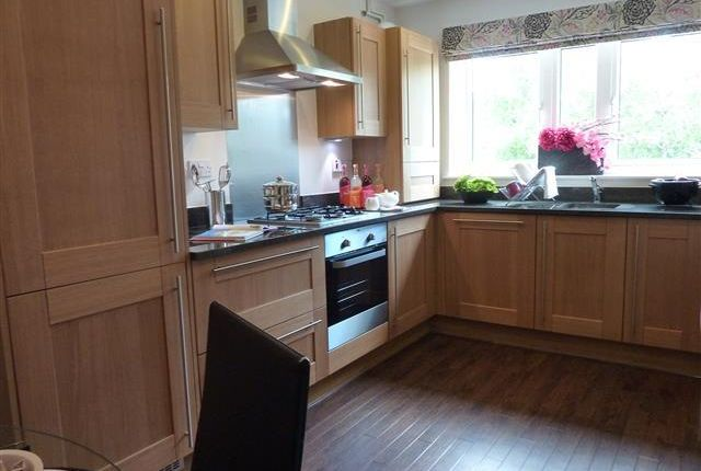 Thumbnail Semi-detached house to rent in Woodvale Lane, Haywards Heath
