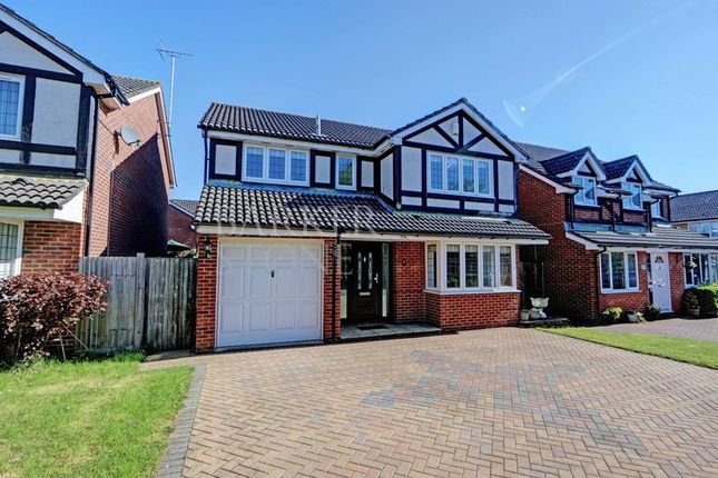 Thumbnail Detached house to rent in Fair Ridge, High Wycombe