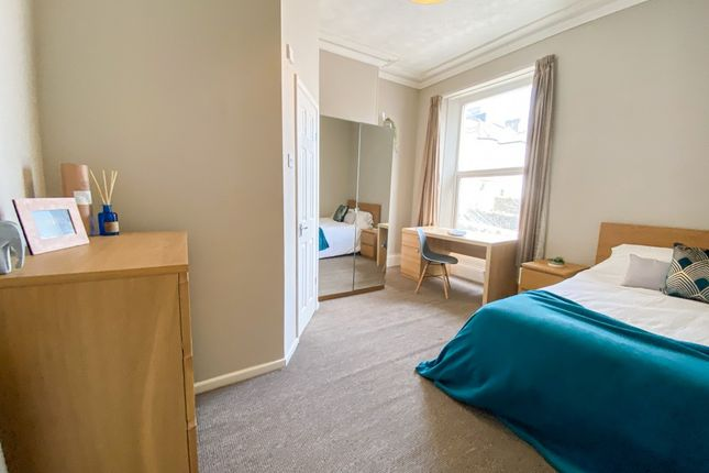 Thumbnail Town house to rent in Tothill Avenue, Plymouth