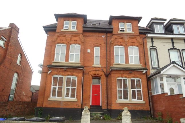 Thumbnail Flat to rent in Woodlands Road, Cheetham Hill, Manchester