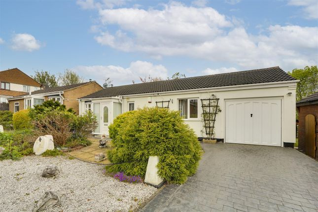 2 bed detached bungalow for sale in Hotspur Close, Basford, Nottinghamshire NG6