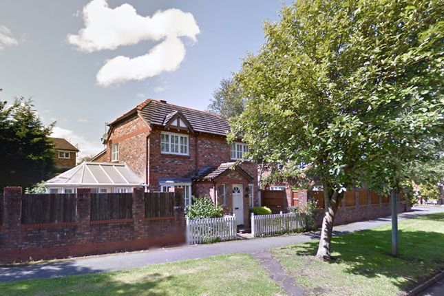 Thumbnail Shared accommodation to rent in Browns Lane, Wilmslow