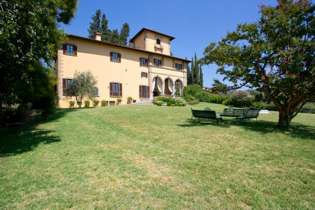 Villa for sale in Florence, Tuscany, Italy