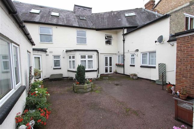 Thumbnail Flat for sale in Hockliffe House, 87 Hockliffe Street, Leighton Buzzard