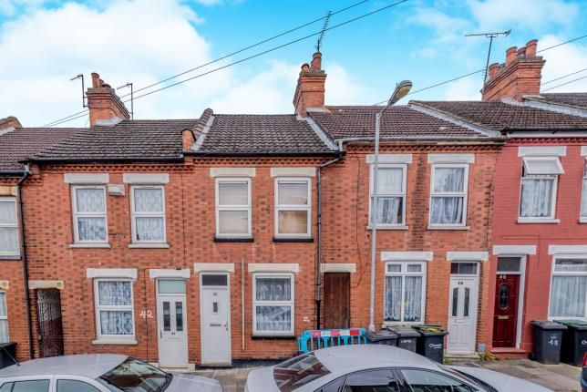 Thumbnail Terraced house for sale in Warwick Road West, Luton, Bedfordshire
