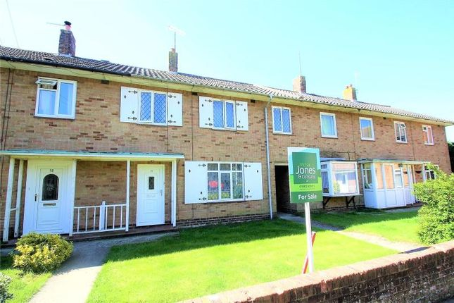 Thumbnail Terraced house for sale in Maybridge Square, Goring By Sea, Worthing