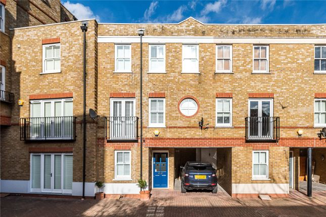 Mews house for sale in Bromells Road, London